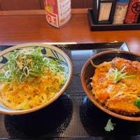 片倉 町 丸亀 製 麺 丸亀製麺で働いてます。色々ありすぎてもう辞めたいと思ってます。基本的に自分が