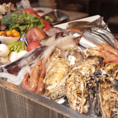 市場直送の旬の鮮魚