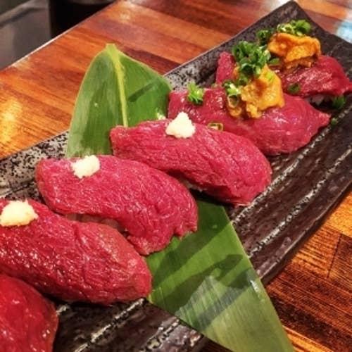 肉バルで肉寿司 ジョッキー