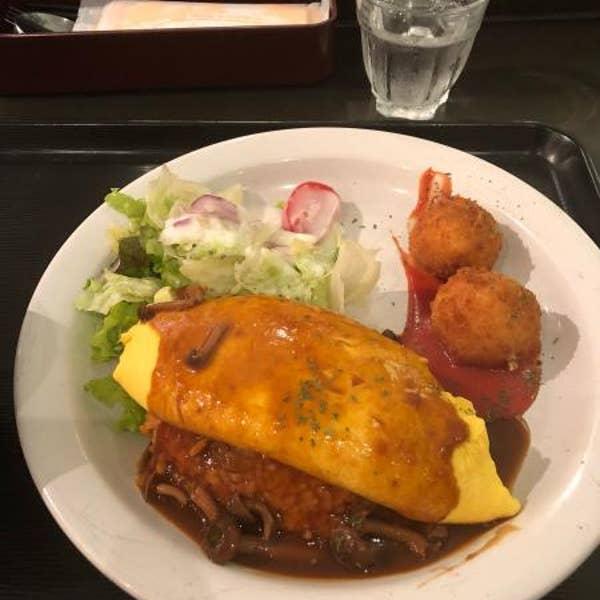 c9942b51f04b 洋食家ロンシャン JR名古屋駅店「カニクリームコロッケとのセットにしました。卵はフワ...」:名古屋駅周辺
