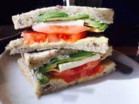 近く の サンドイッチ