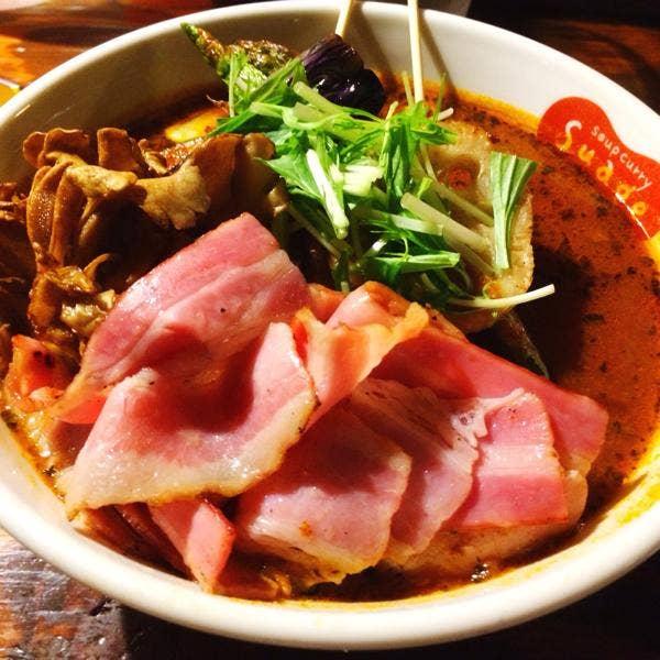 すすきのグルメスポット soup curry Suage+ 本店