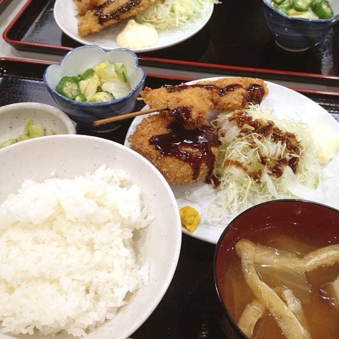 『串コロ定食』は680円というお安い値段設定。こちらの居酒屋はランチもお得です。/Naohito Tamuraさんの投稿より