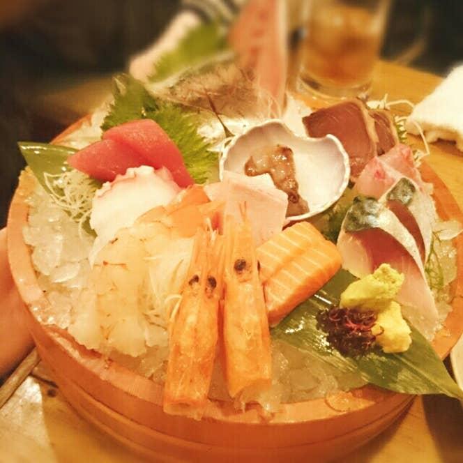これだけ海鮮が乗って2500円は安い。/Ayaka Kozakaiさんの投稿より