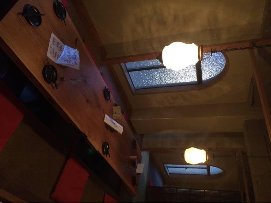 非常に落ち着いた雰囲気の居酒屋です。/Yuichi Satoさんの投稿より