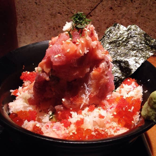さすが海鮮系の居酒屋という豪快なひと品。/Yamato Tokuharaさんの投稿より
