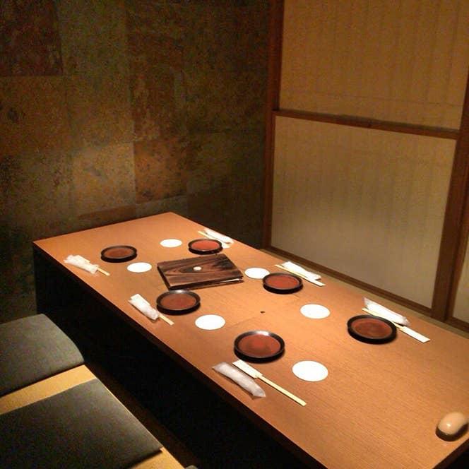 こちらの居酒屋には個室もあります。/Renshin Endoさんの投稿より
