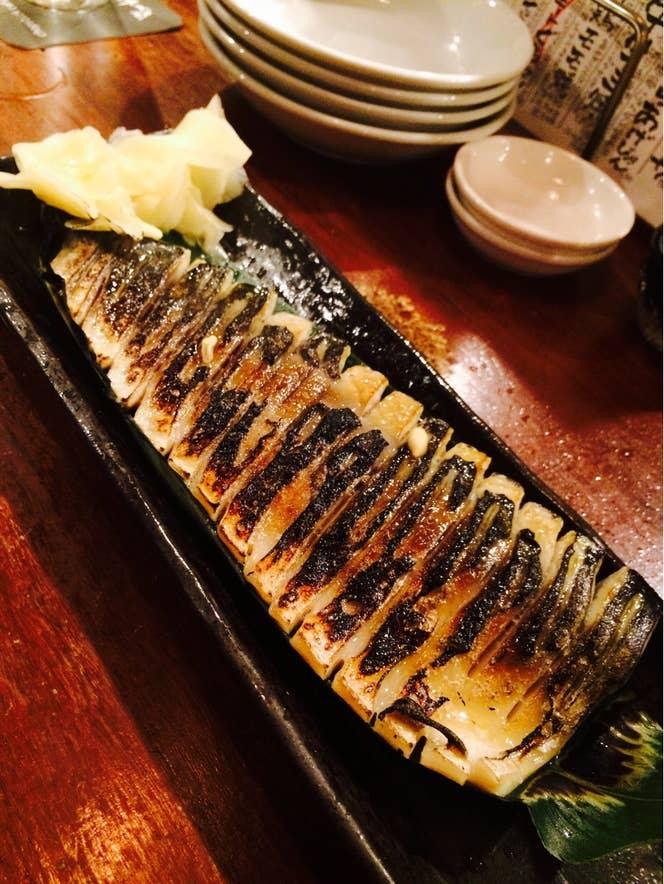 渋谷の居酒屋で人気の『炙り〆さば(単品880円)』。/Nana Tさんの投稿より