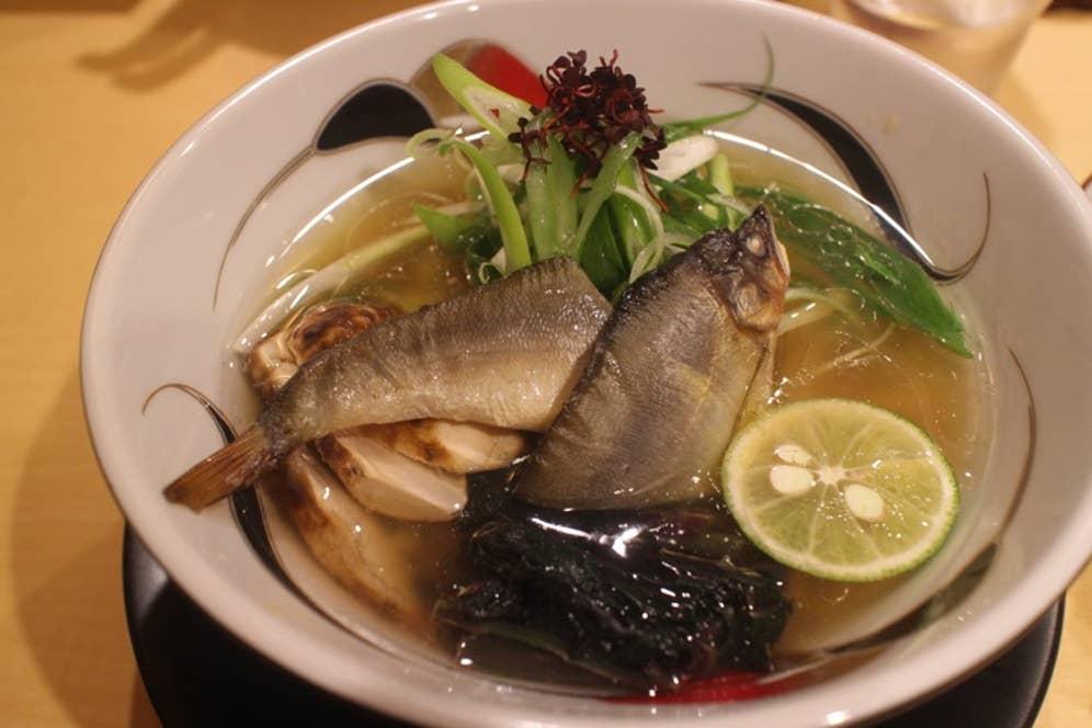 ▲季節限定「鮎と松茸の塩そば」