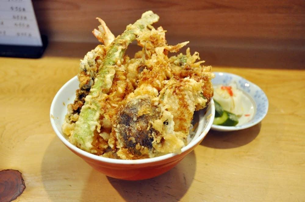 ▲平成天丼(味噌汁・漬物つき) 1400円