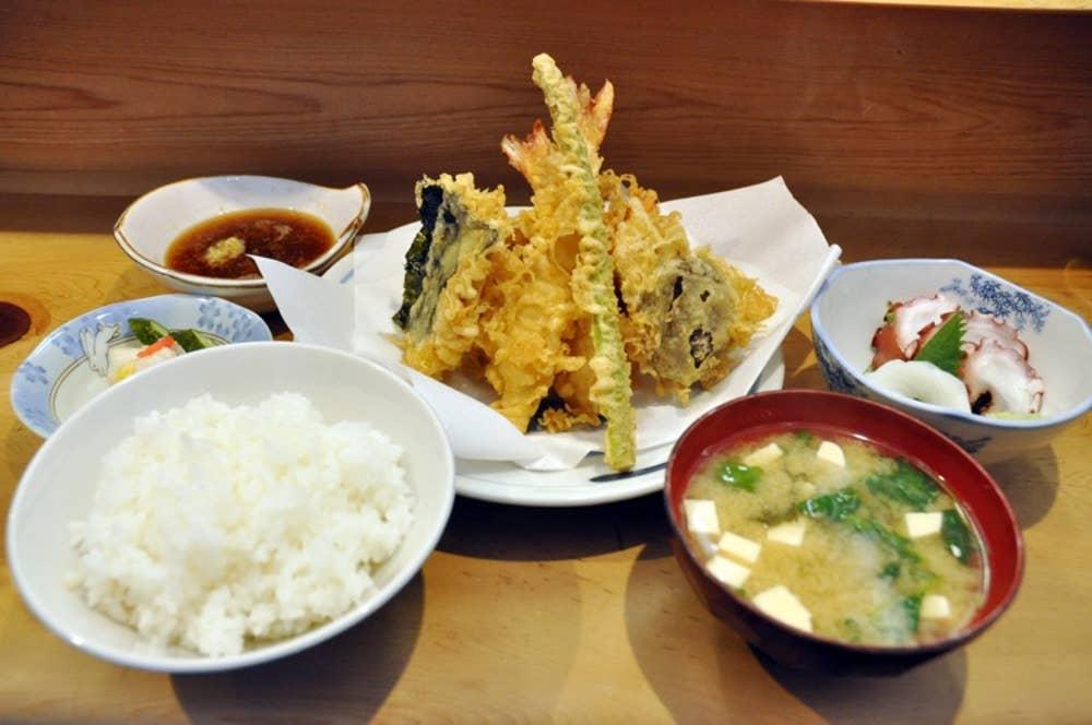 ▲平成定食 1600円