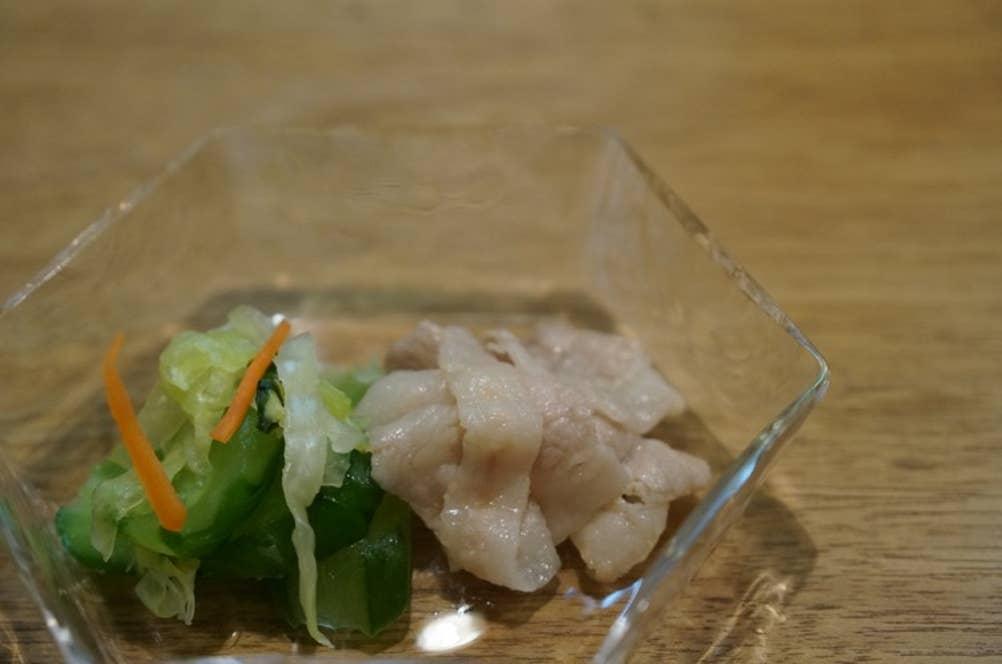 岩中豚の鮎魚醤和え