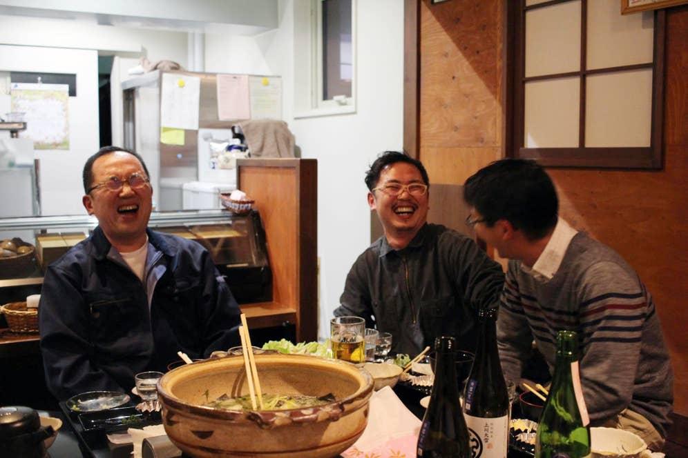 ▲写真左が川端杜氏、写真右が役場の観光課の方
