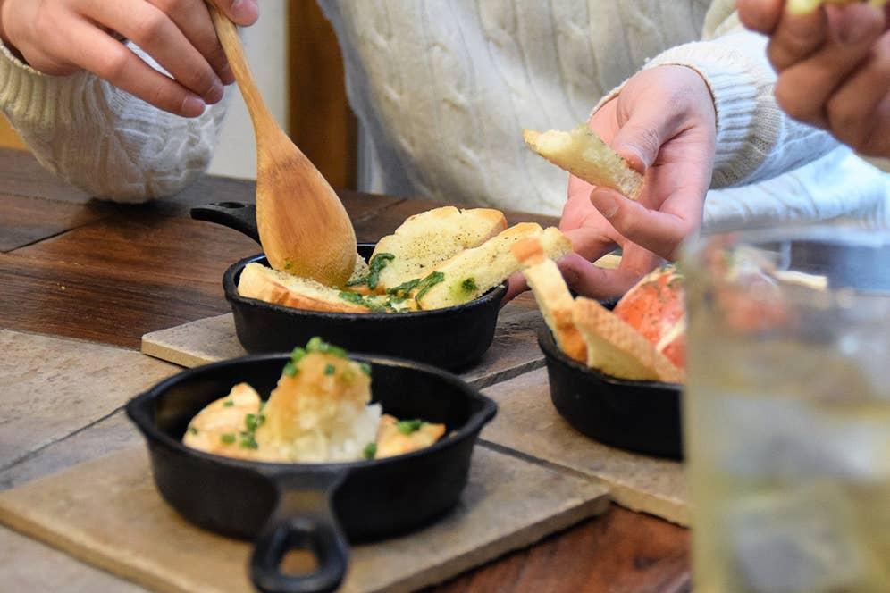 ▲「おいしい!これは家で真似したいな~」とパリッコさんが絶賛したカマンベールチーズ焼き。