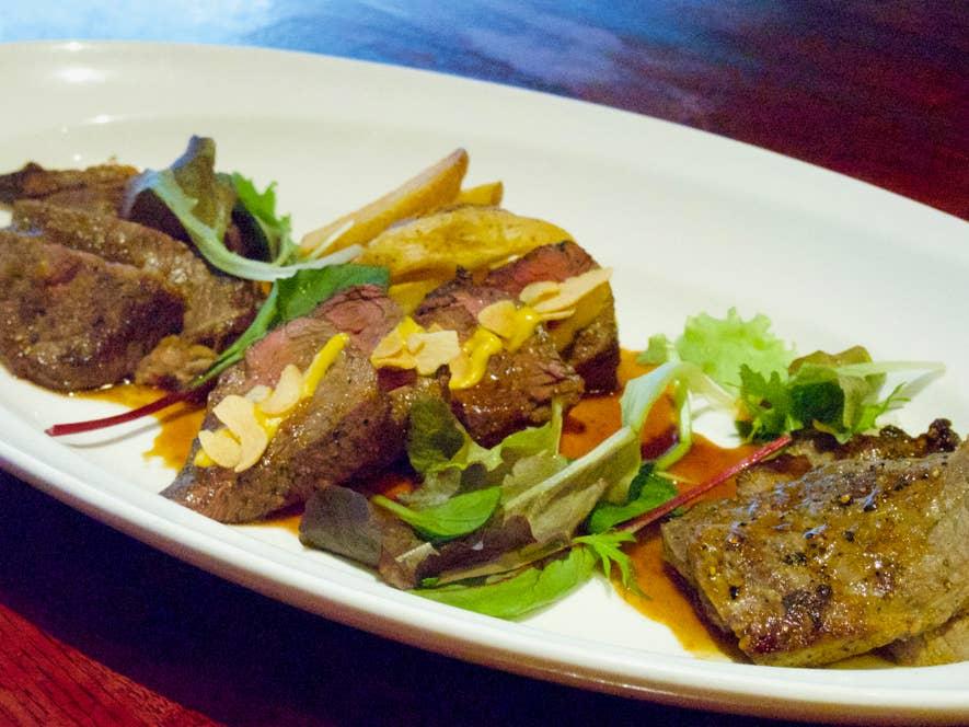 本日のお肉料理盛り合わせ(1,980円)