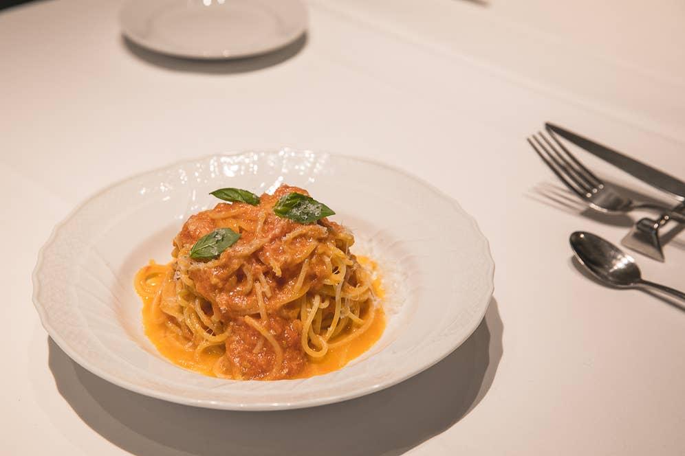 ▲「パスタ作るのが好きだけど、この味はどうやっても作れない」とOhkawaさんも太鼓判を押すトマトパスタ。