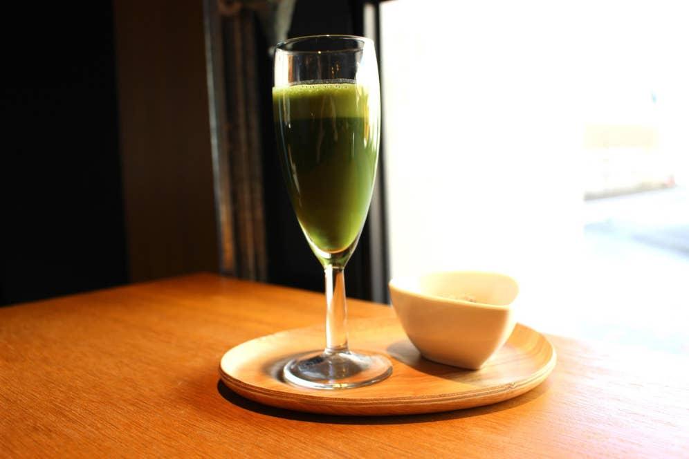 NITRO抹茶・COLDはホワイトカシューナッツ付き(500円・税抜)