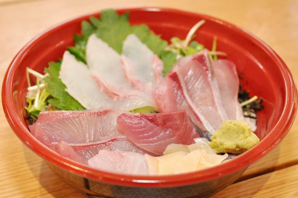 ▲限定10食 本日のさっき獲れ丼 900円