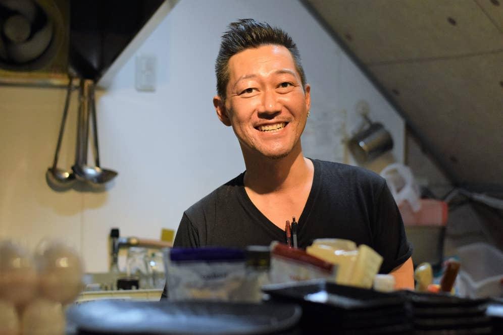 「金太郎」店主の松尾さん。
