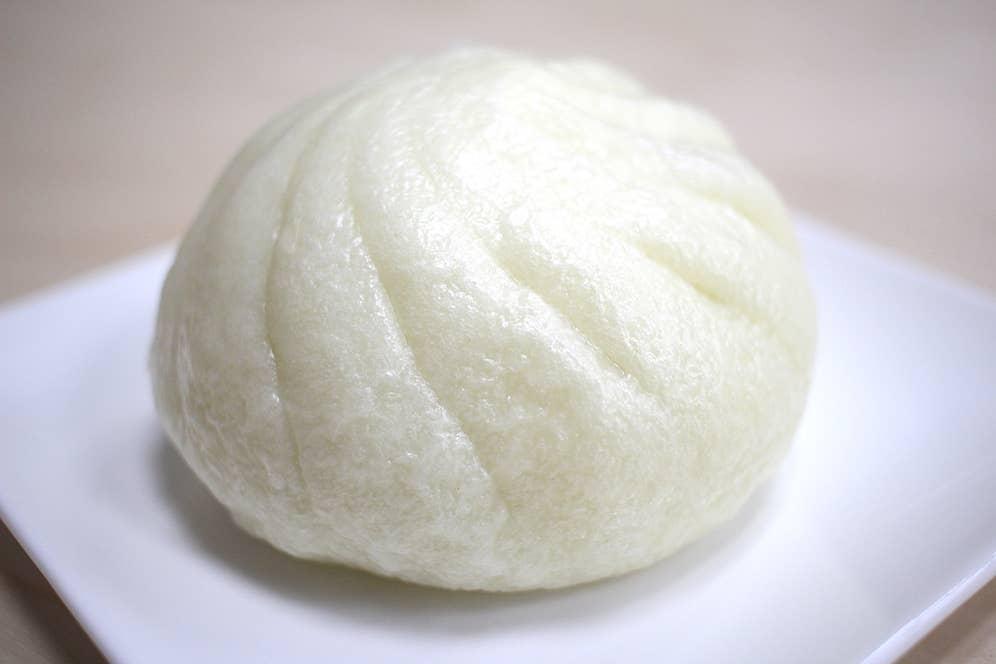 熟成生地の本格肉まん(税込130円)
