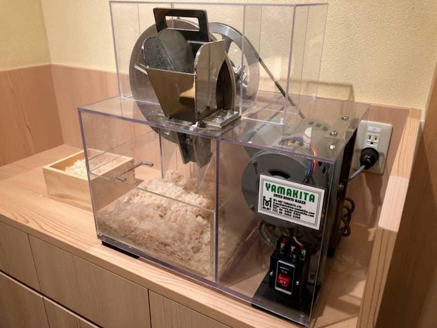 鰹節削り機