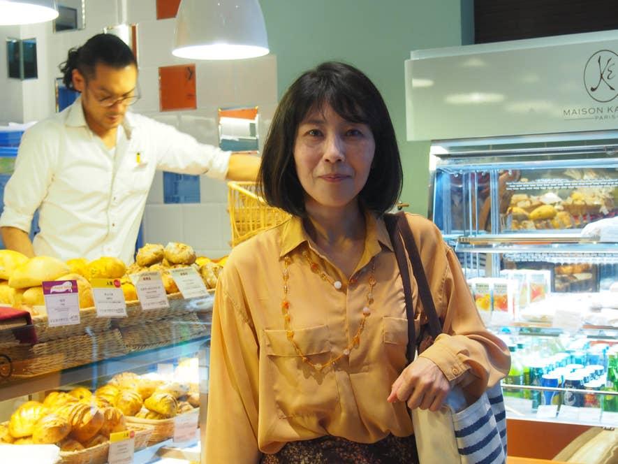 1日に3食以上パンを食べ、年間200軒以上のパン屋を訪れるというフードアナリストの福地寧子さん