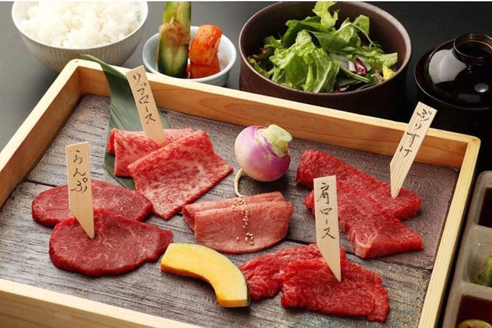 お昼限定「尾崎牛焼肉ランチ特上コース」6,800円(税抜き)