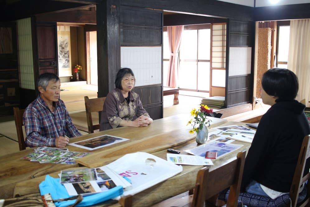▲旦那さんの川村孝信(かわむらたかのぶ)さん(左)と、千里さん(右)