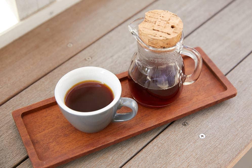 27 Coffee Roastersは豆売り専門店ですが、横のCORNER 27に併設されたカフェスペースで飲むことができます