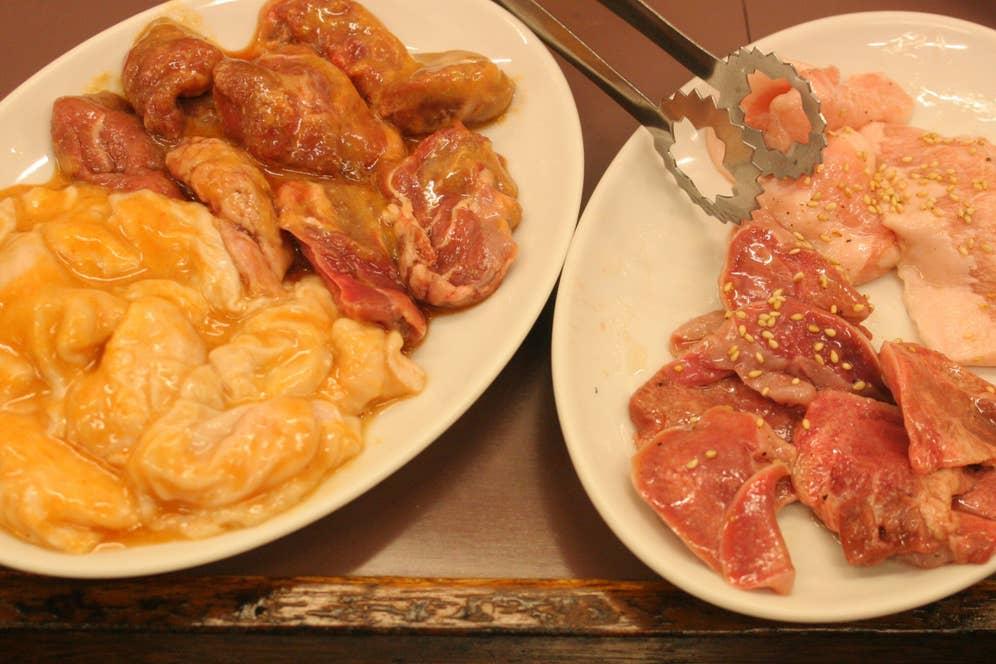 豚トロのほかは、シロ(430円)、カシラ(430円)、豚タン(430円)