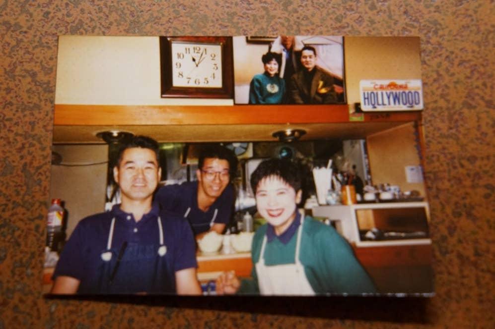 ▲創業時の写真。右がミドリさん