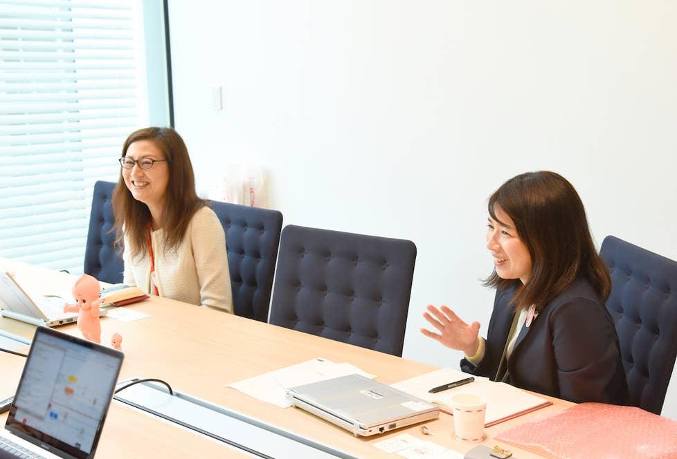▲お話を伺った、キユーピー株式会社広報・CSR本部の池田律子さん(左)、村居綾子さん(右)。
